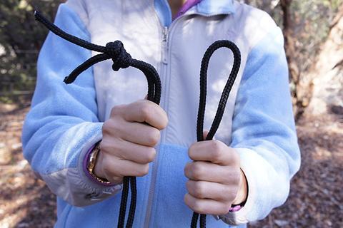 Tie a Simple Knot - Hammock Setup